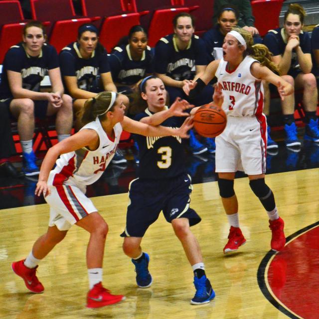 UH Women's Basketball 2014 3