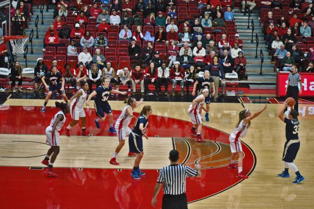 UH Women's Basketball 2014 5