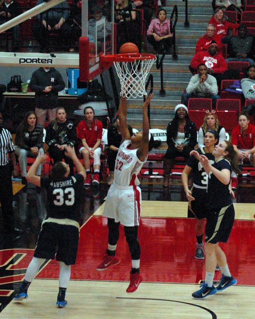 UH Women's Basketball 2014 7